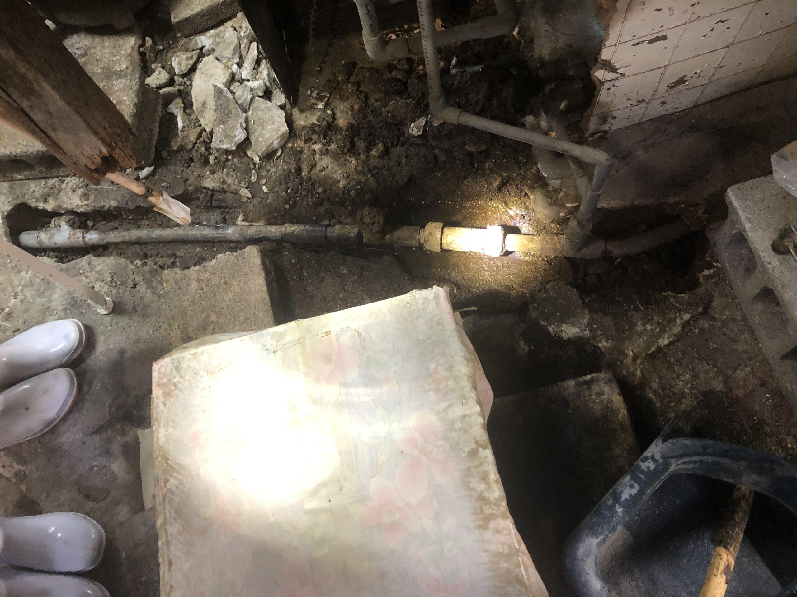 天王寺区 漏水修理前