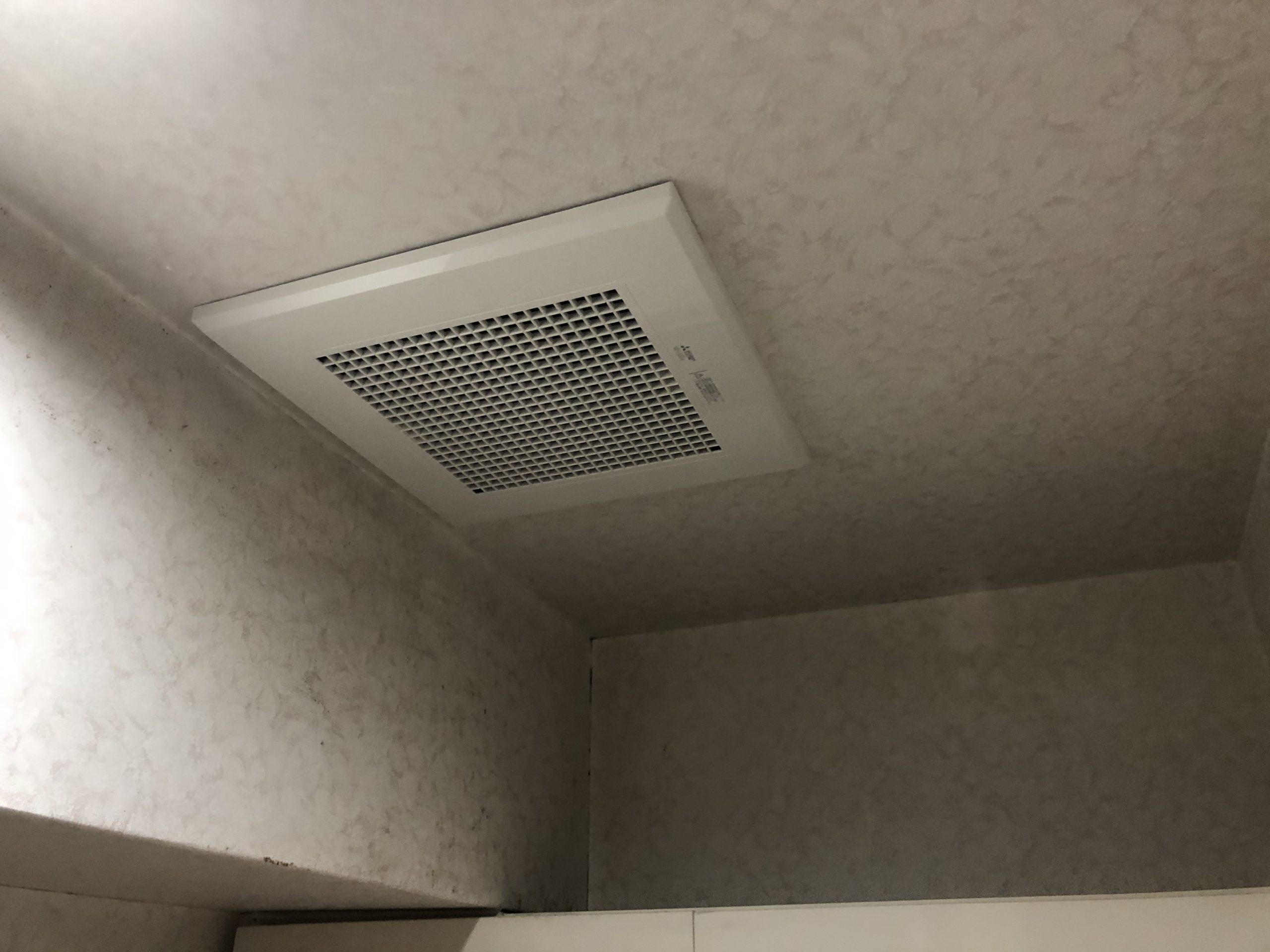 阿倍野区 トイレ内換気扇交換後