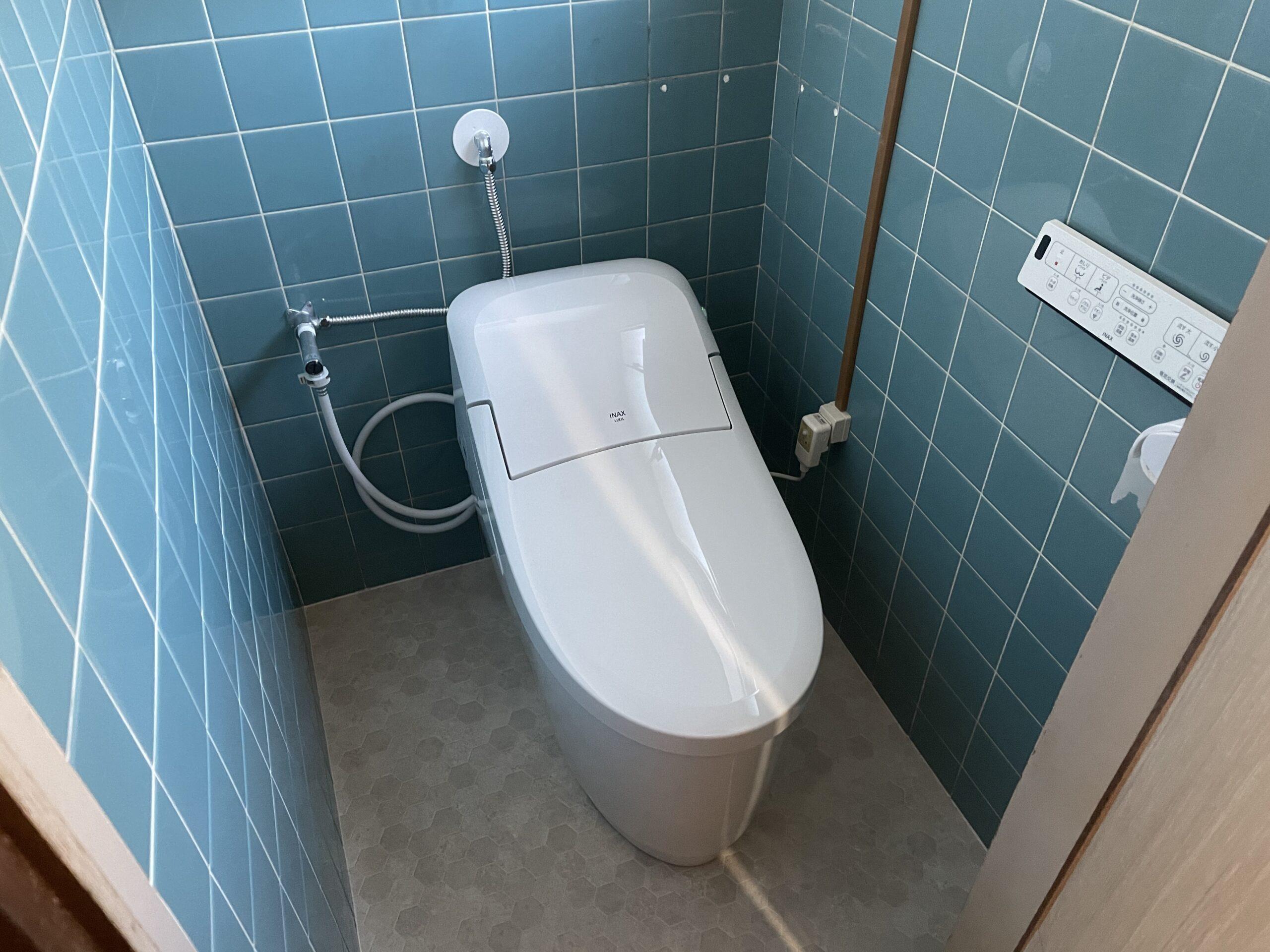 灘区 一体型トイレ 施工後③