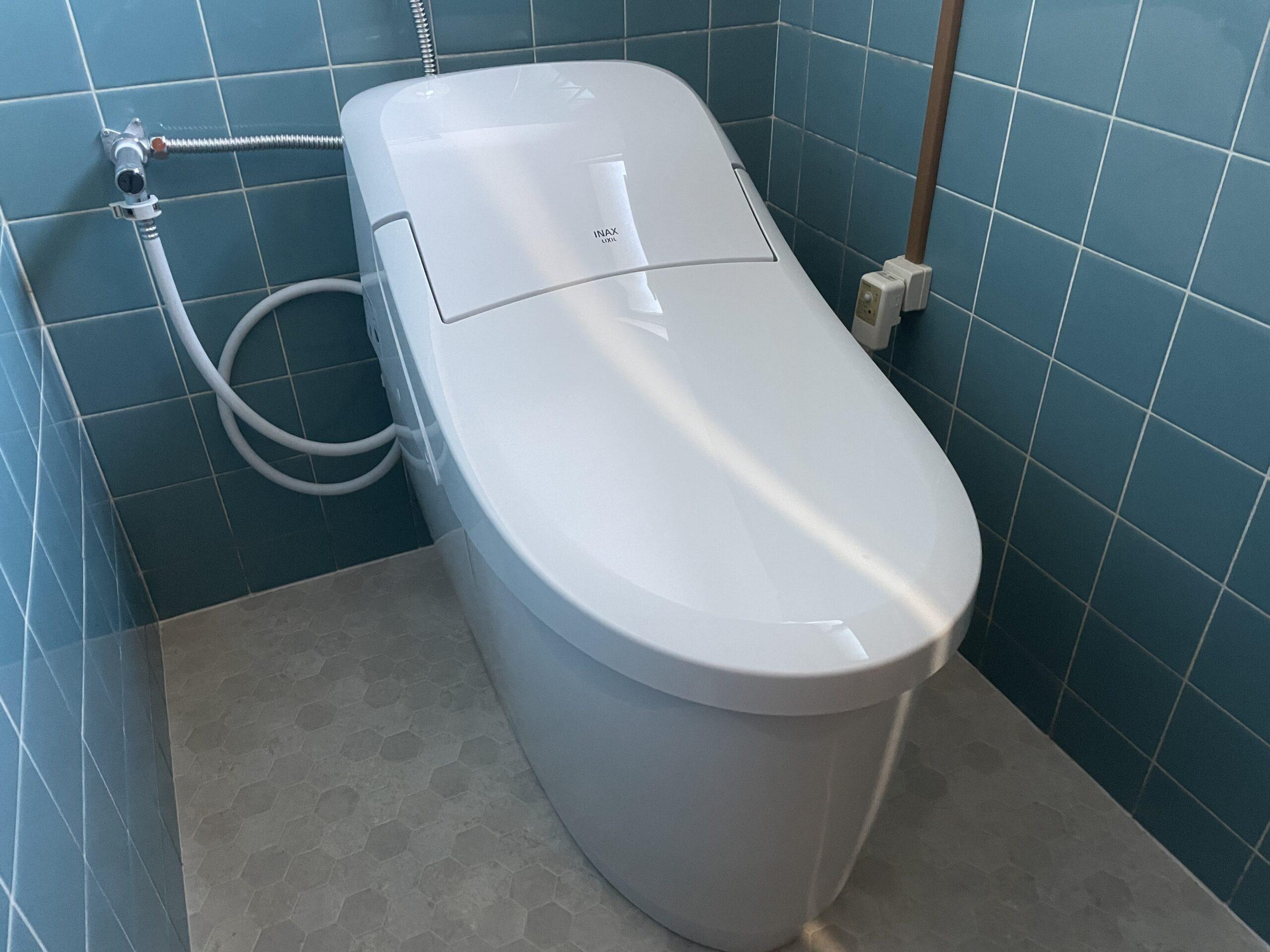 灘区 一体型トイレ 施工後①