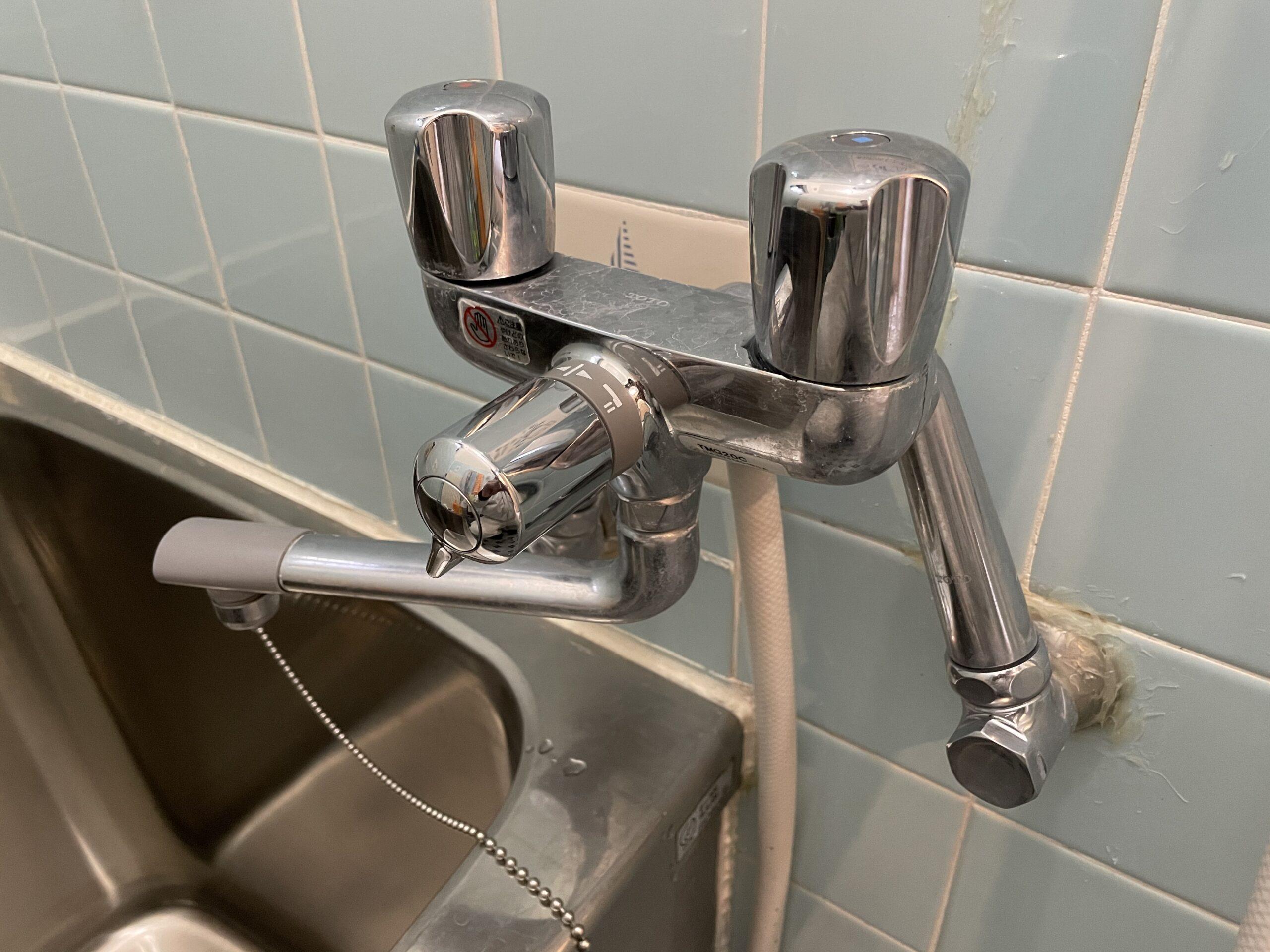 東住吉区 浴室用蛇口 施工前①