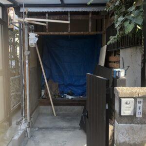 堺市西区 玄関リフォーム 解体中①