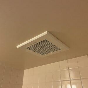 東住吉区 浴室用換気扇 施工後①