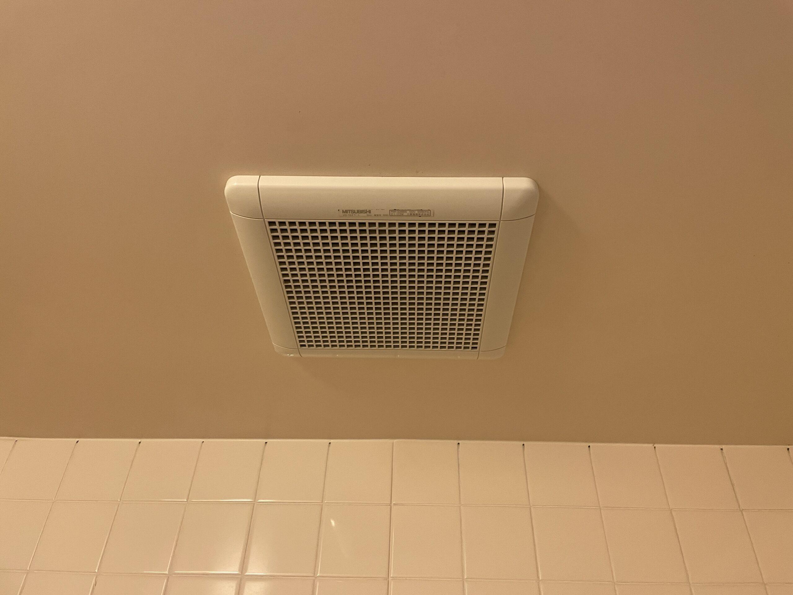 東住吉区 浴室用換気扇 施工前①